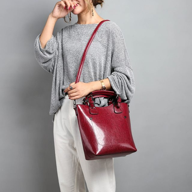 Hot Sale Women Casual Handbags High Quality Oil Wax Leather Female Shoulder Bag Designer Ladies Vintage Crossbody Bags Big Tote